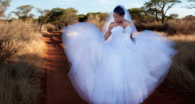 Real Weddings Zola: Zola & Qhamas Real Life Wedding: Out Of Africa