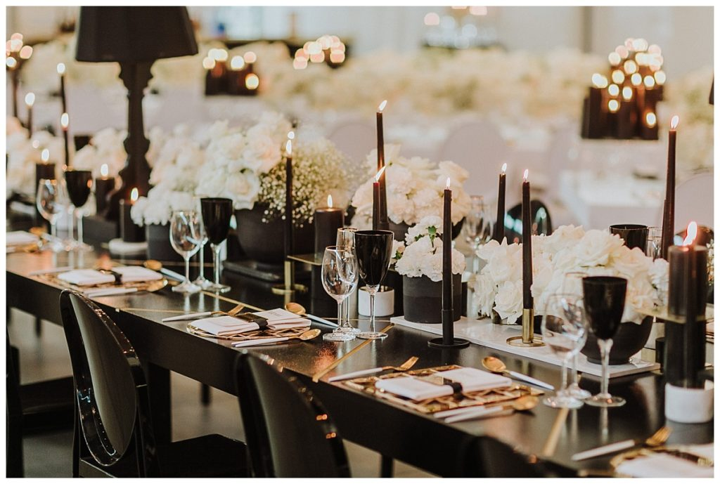 black and white table decor trends